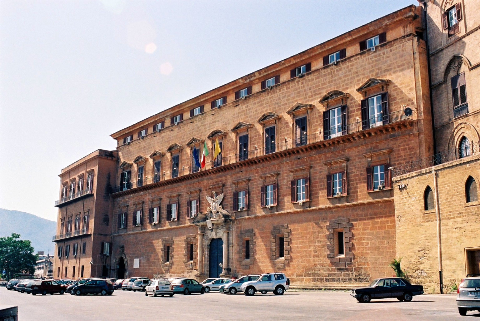 La legge 'intelligente' dell'Ars: ogni siciliano regala mille Euro allo Stato e ad altri soggetti