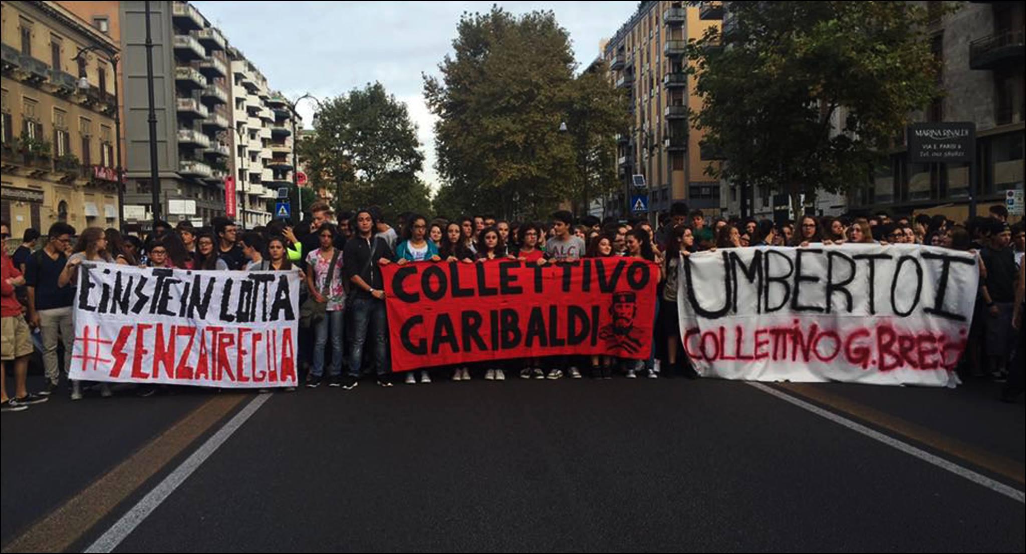 Protesta degli studenti, il PD risponde a suon di manganelli