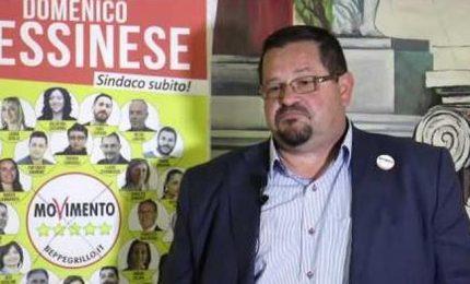 Gela, il sindaco Domenico Messinese messo alla porta dai grillini perché si è messo d'accordo con l'ENI