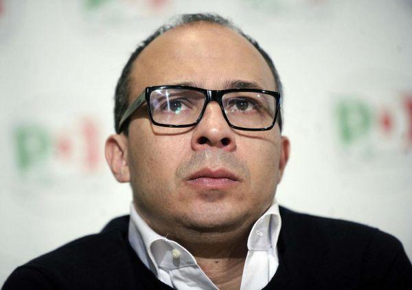 I 400 milioni di Euro per strade e scuole tolti alla Sicilia: dov'era il sottosegretario Davide Faraone?