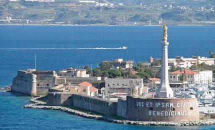Il governo Renzi vara l'accorpamento dei porti di Messina e Gioia Tauro: ma Crocetta si mette di traverso
