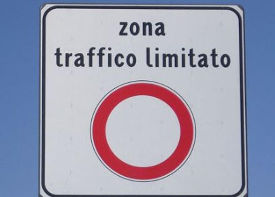 Palermo, l'inaugurazione del Passante ferroviario che non c'è e la stangata 'renziana' sulle ZTL