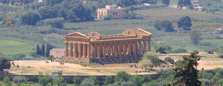 Demanio della Regione siciliana: bloccata la vendita del terreno nella Valle dei Templi di Agrigento