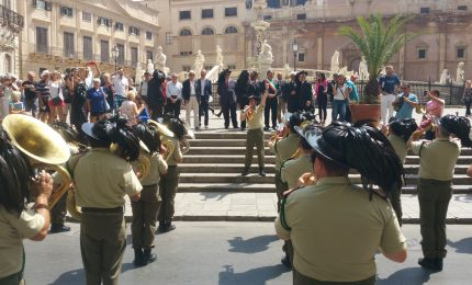 I Bersaglieri in 'festa' a Palermo. E le centinaia di palermitani scannati nel 1866?