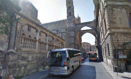 La navetta del centro storico di Palermo costa 1 milione e mezzo all'anno! (ed è sempre vuota)