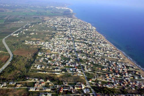 Il Sì dell'Ars alla sanatoria edilizia lungo le coste. Un assist alla mafia in vista delle elezioni?