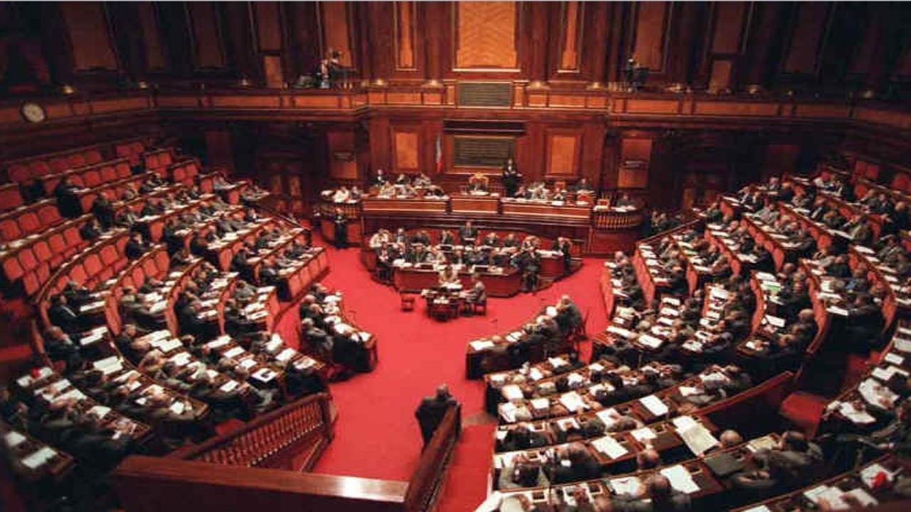 Ecco i nomi dei senatori siciliani giuda che hanno votato for Senato della repubblica