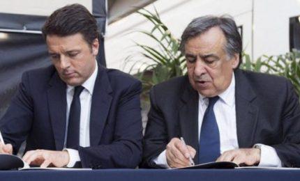Leoluca Orlando getta la maschera, abbraccia Renzi e attacca l'Autonomia siciliana