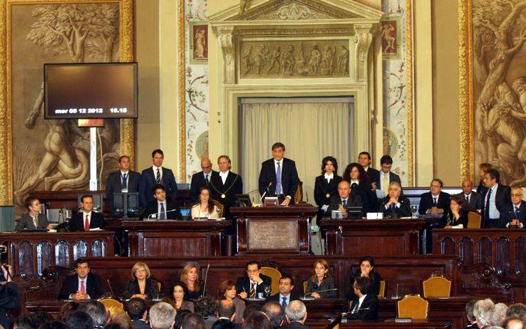 Colpo di scena all'Ars: al momento di votare i 2,6 milioni di debiti fuori Bilancio dell'Expo i deputati fuggono dall'Aula…