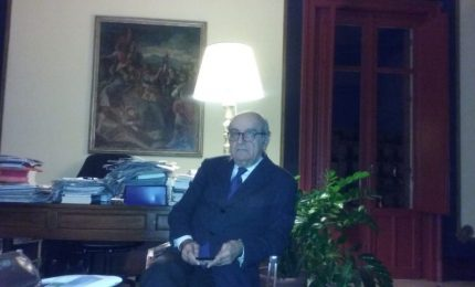 "Il prof Piraino: ""Serve un'Assemblea Costituente"". La Sicilia? ""No ad intese con lo Stato"""