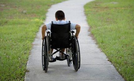 I disabili gravi: Roma taglia i fondi e l'attenzione mediatica viene dirottata su Regioni e Comuni