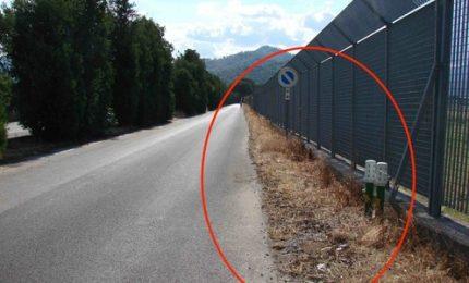 E' ufficiale: per togliere l'erba dalla strada Marineo-Corleone hanno utilizzato un diserbante