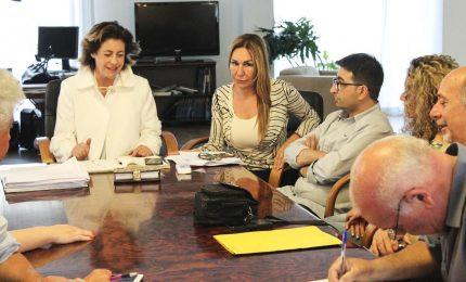 Il gran rifiuto di Carmencita Mangano: resta nel Governo. Soddisfatti gli 'sportellisti'