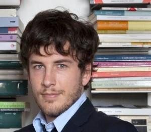 """Diego Fusaro: """"L'ideologia gender mira a distruggere la famiglia e le regole della Natura"""" VIDEO"""