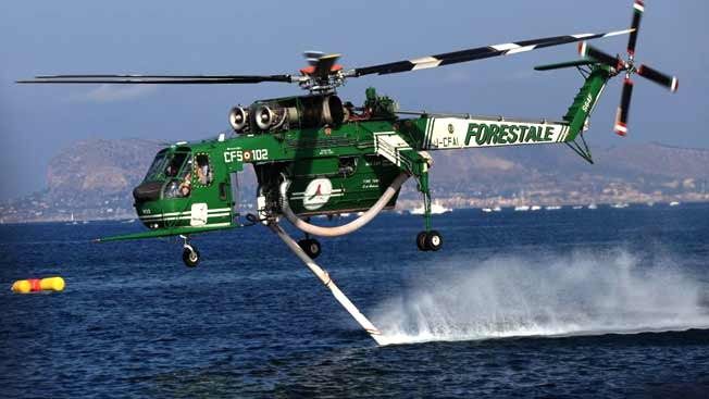 Elicottero Immagini : Incendi dal caos in sicilia ai elicotteri su