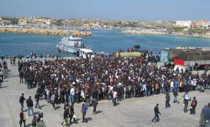 Troppi migranti a Lampedusa. Il Ministro Minniti li porta tutti ad Agrigento e dintorni...