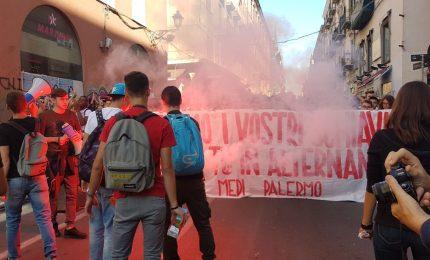 Palermo, studenti contro l'alternanza scuola-lavoro. Insieme con Università e Formazione?