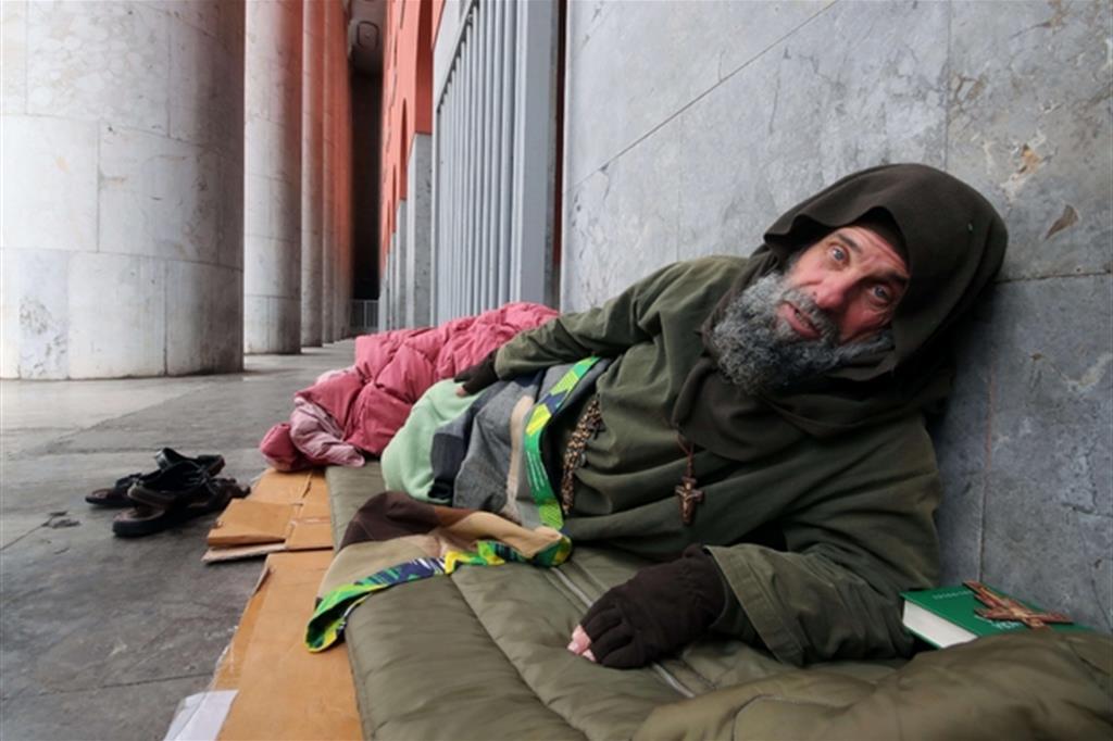 Palermo 'Capitale della Cultura', i senza tetto che muoiono per le strade e Biagio Conte che…