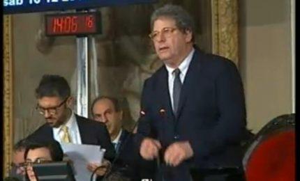 Lo strafalcione del presidente Miccichè a Sala d'Ercole sul regolamento (VIDEO)
