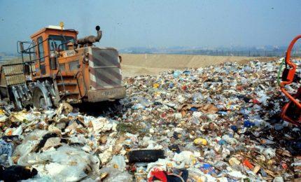Rifiuti in Sicilia: con la gestione 'commissariale' 's'ammuccaru' un miliardo di euro per non fare quasi nulla!