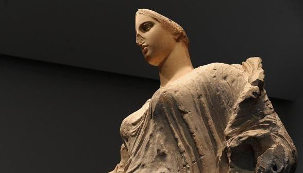 Vittorio Sgarbi: la Dea di Morgantina a Roma. E Aidone? Che mangino brioches!