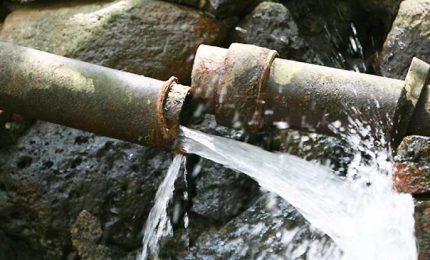 La grande sete di Palermo e la 'recita' sull'acqua di Scillato che finisce in mare!