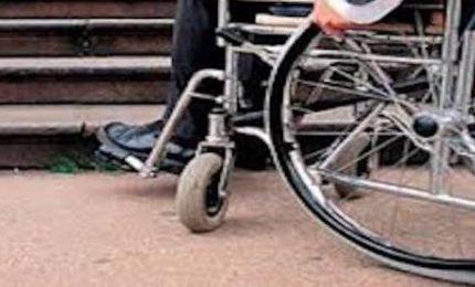 Elezioni a Palermo: un disabile non può votare. L'ascensore è guasto!