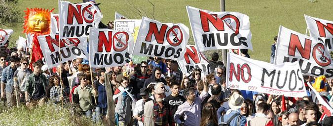 Il Movimento NO MUOS torna sulle strade alla faccia della sicilietta-italianetta stracciona