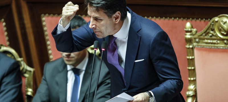 Tutti contro Giuseppe Conte che ha persino dimenticato il Sud: che detto dal PD e da Forza Italia…