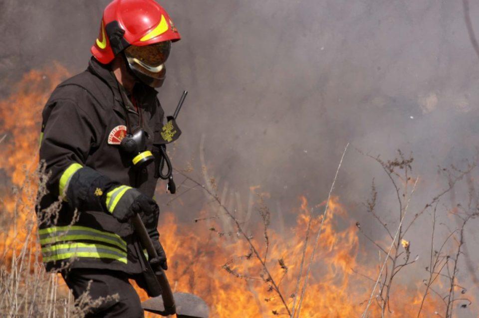 """MATTINALE 76/ Musumeci: """"Incendi? Tutto a posto"""". La clamorosa smentita di un operaio forestale (VIDEO)"""