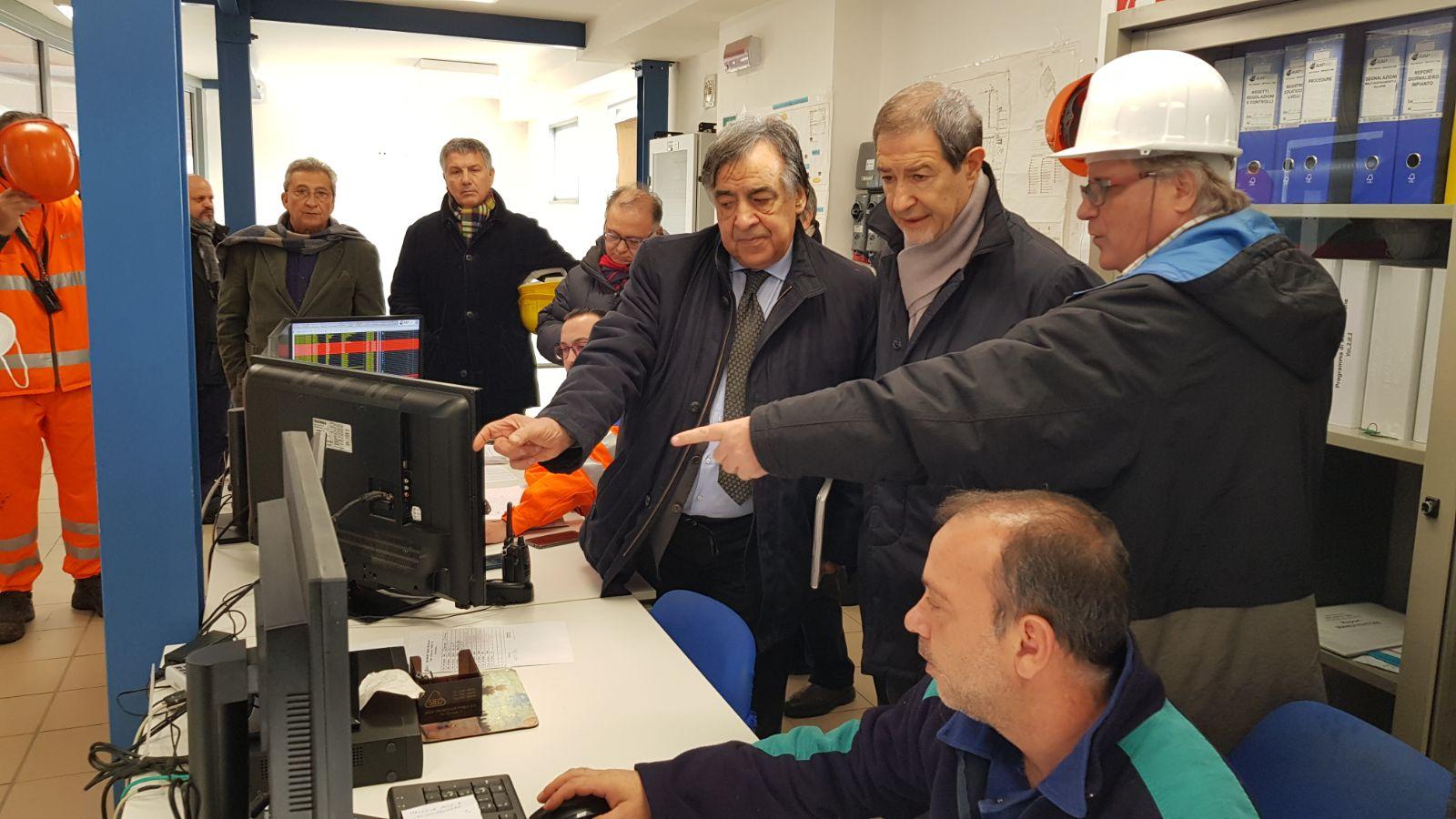 MATTINALE 69/ La coazione a ripetere dal disastro Regione (Musumeci) al disastro Palermo (Orlando)