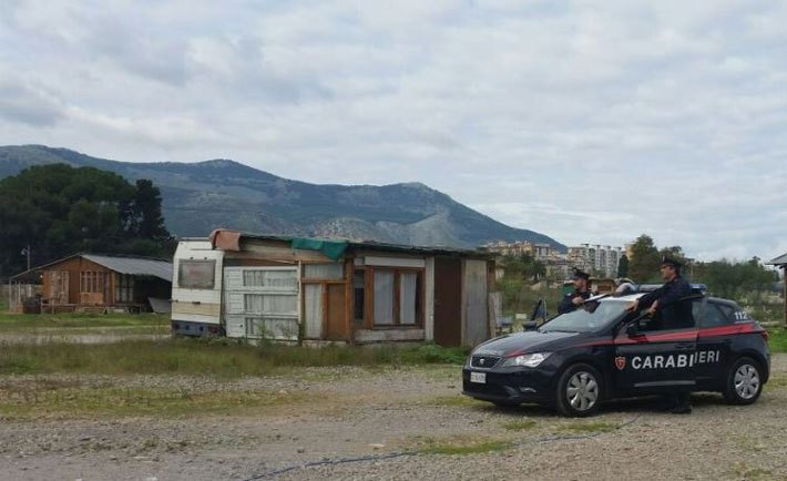 Palermo, Santa Rosalia il miracolo l'ha fatto: ha liberato i Rom dal campo-lager della Favorita
