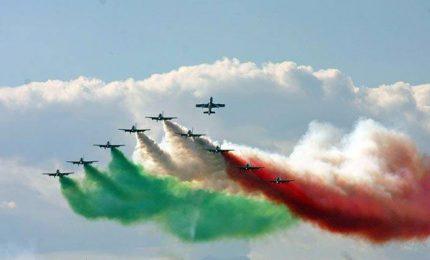 Le Frecce tricolori per far dimenticare la mancata riduzione delle spese militari/ MATTINALE 97