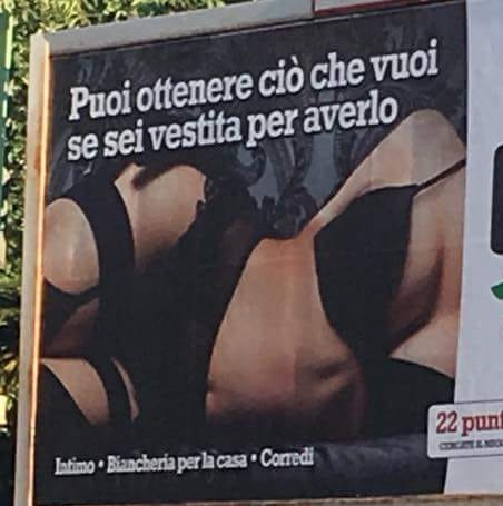 """Pubblicità offensiva donne, Sinistra Comune: """"Necessaria immediata rimozione manifesto."""""""