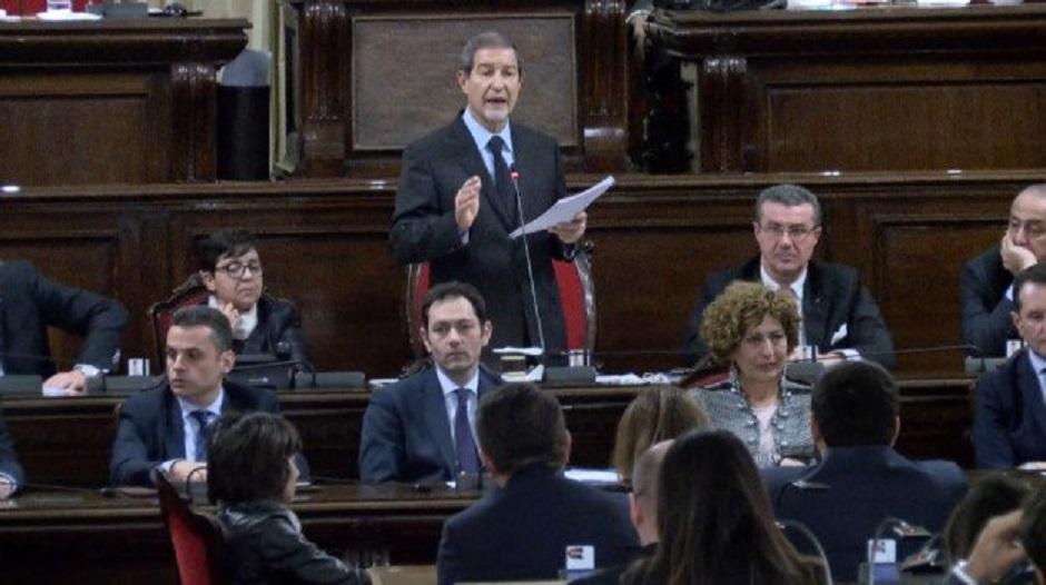 La mega-impugnativa copre di ridicolo Ars e Governo/ MATTINALE 93