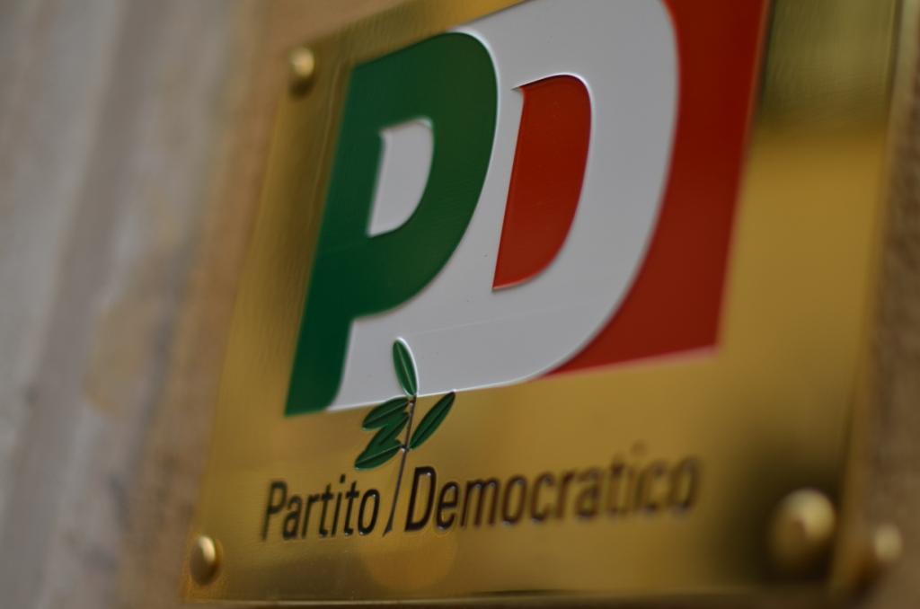 Il PD siciliano senza soldi: è normale dopo aver governato l'Italia e la Regione?