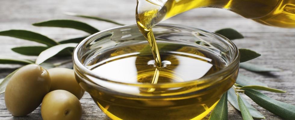 Cari cittadini del Sud, l'olio extra vergine di oliva acquistatelo nei frantoi e nelle aziende del Sud!