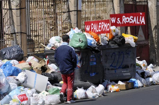La munnizza a Palermo? Come la mafia, è connaturata all'immagine della città