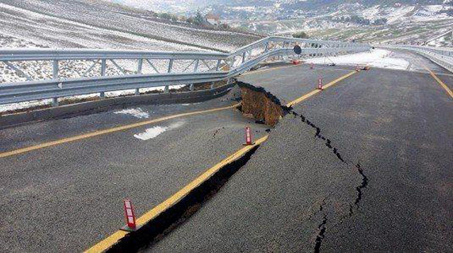… e intanto sulla strada Palermo-Agrigento si continua a morire/ MATTINALE 123