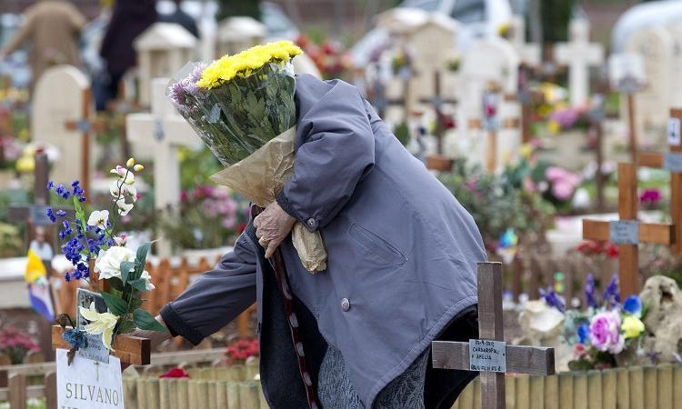 Oggi 2 novembre, il giorno dei morti. Ricordiamoci di saper vivere/ MATTINALE 180