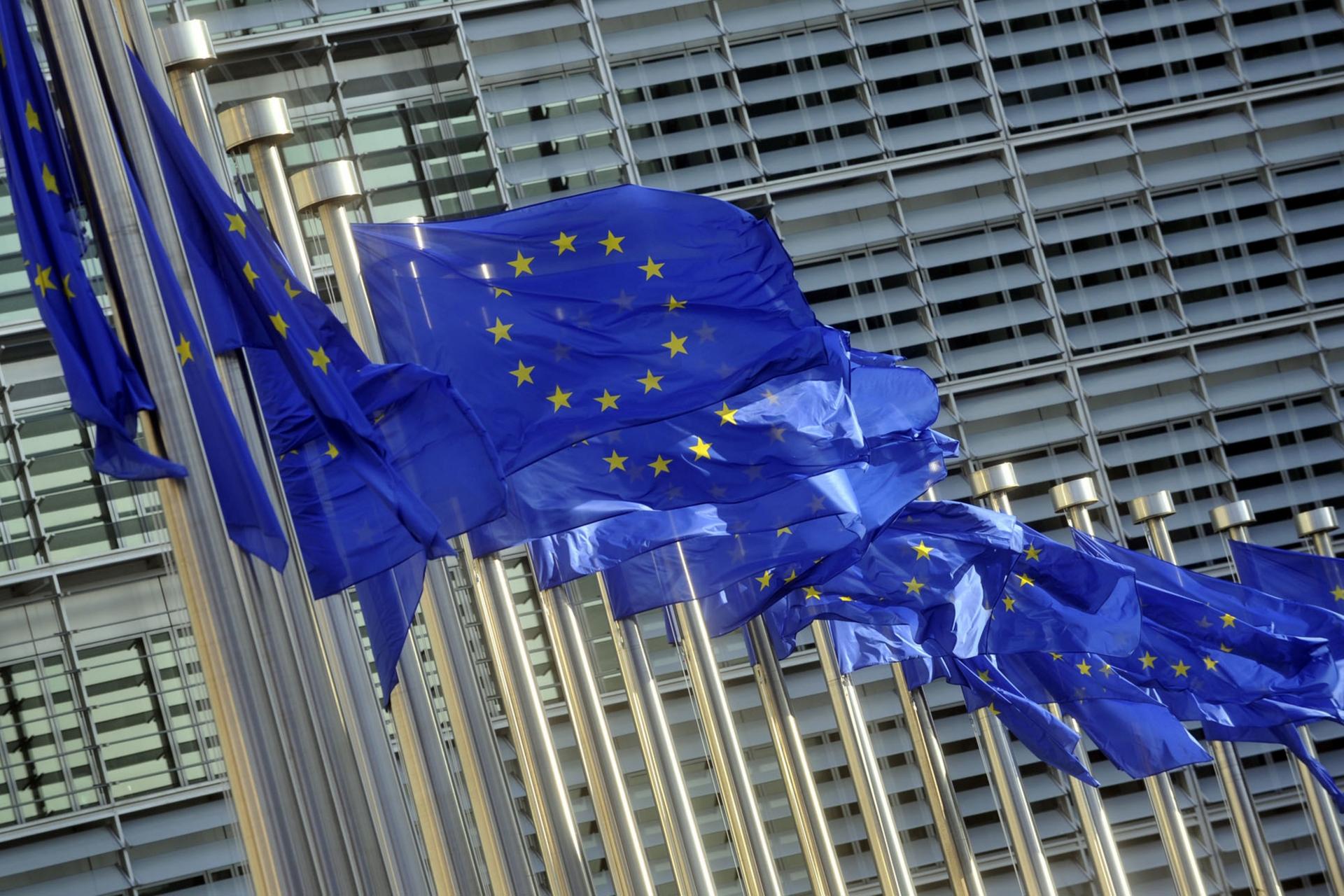 L'accordo Italia-UE? Una strategia di distrazione di massa per nascondere i veri problemi