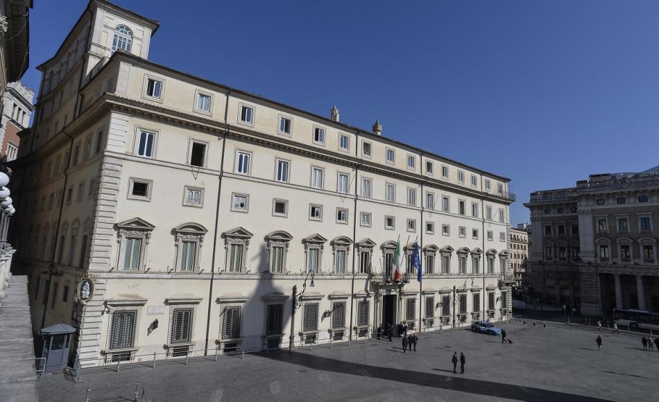 Il Governo nazionale salva la Regione siciliana dal default: stop ad alcuni scippi romani avallati dagli ascari