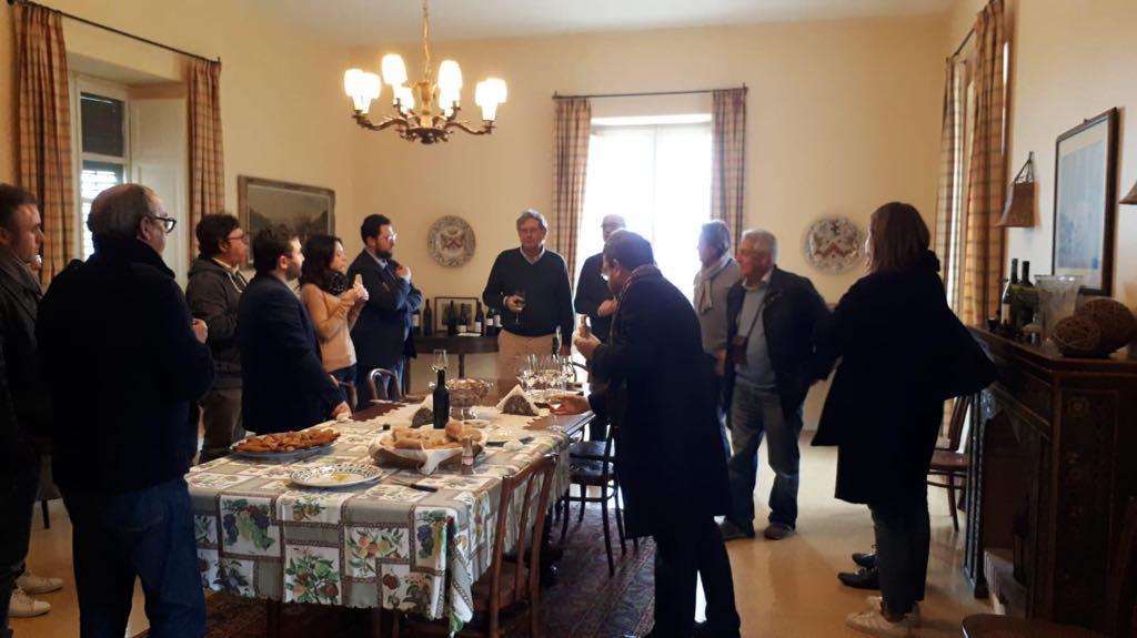 Una delegazione di deputati della Camera visita alcune aziende agricole siciliane