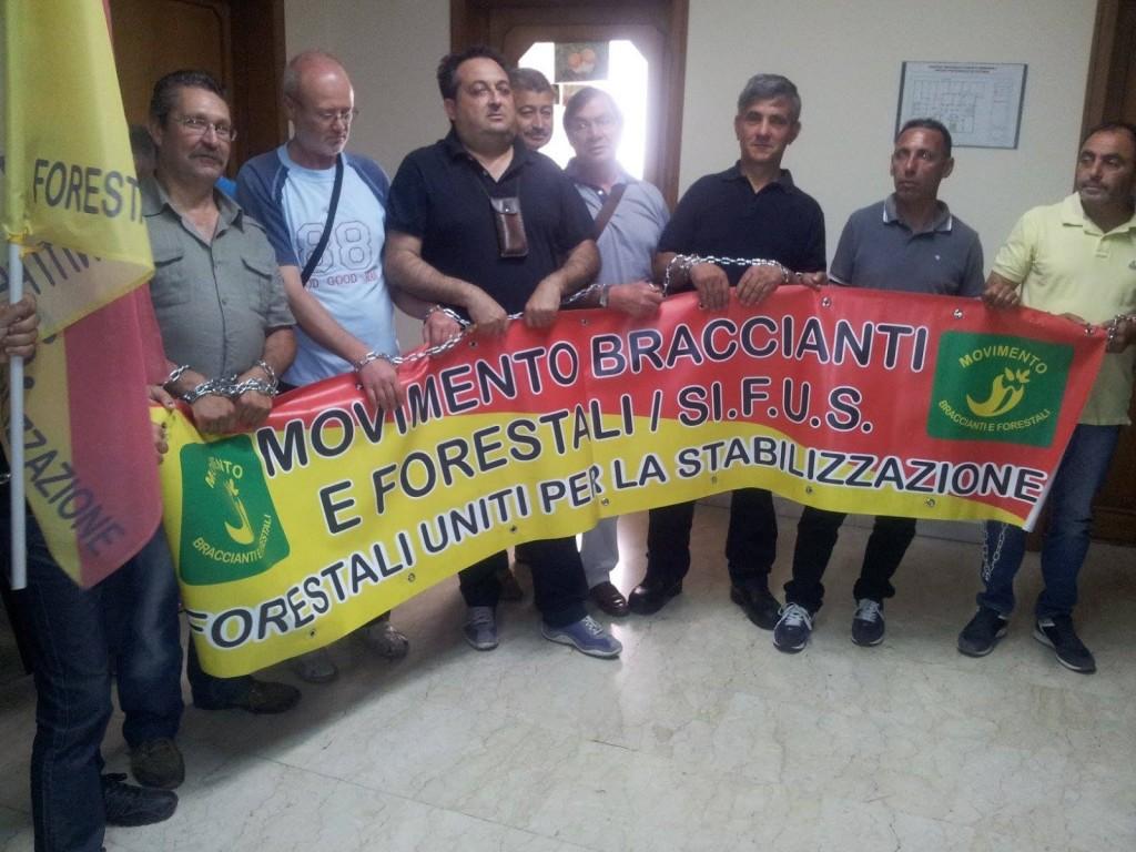 Il 9 gennaio manifestazione dei forestali: il Governo Musumeci deve ancora pagare novembre e dicembre