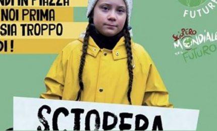 Salvare la Terra da profitto e stupidità: giovani studenti in piazza per il clima in tutto il mondo
