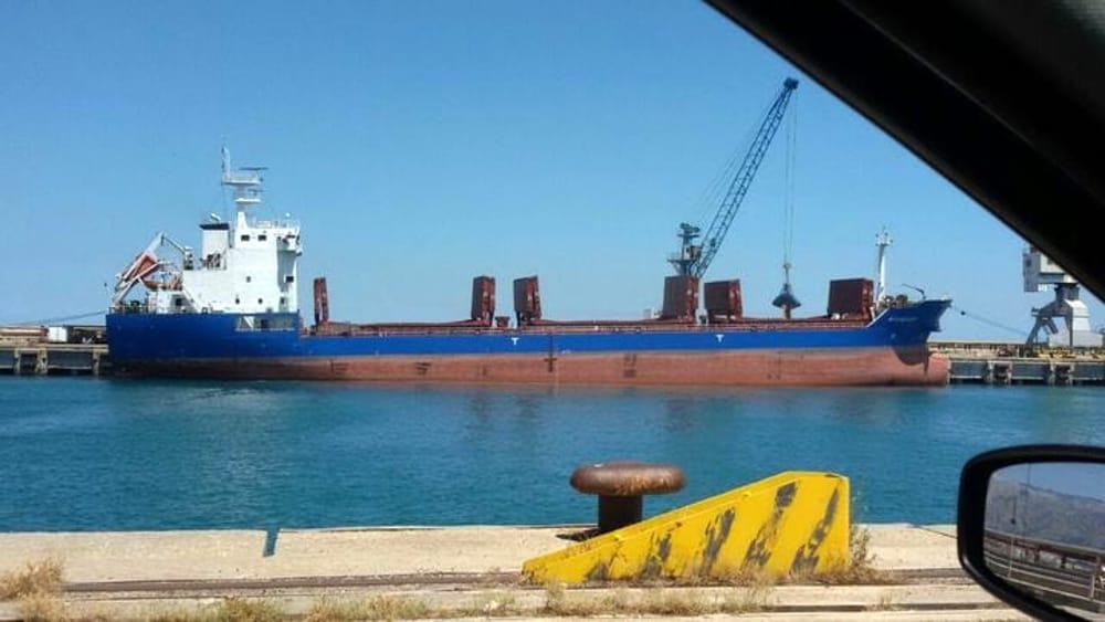 Controlli sul grano che arriva con le navi: ci provano i grillini (ma attenti ai contratti di filiera…)