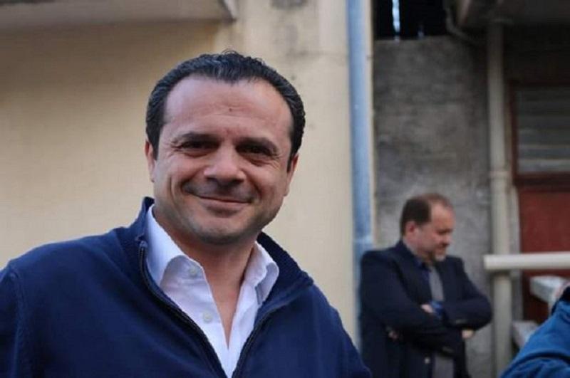 Crisi delle ex Province siciliane: arriva anche Cateno De Luca e fa uno sconto a Roma…