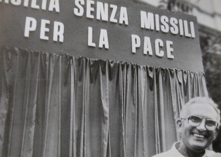 Oggi tutti ricordano Pio la Torre. Qualcuno si ricorderà del Muos di Niscemi?/ MATTINALE 255
