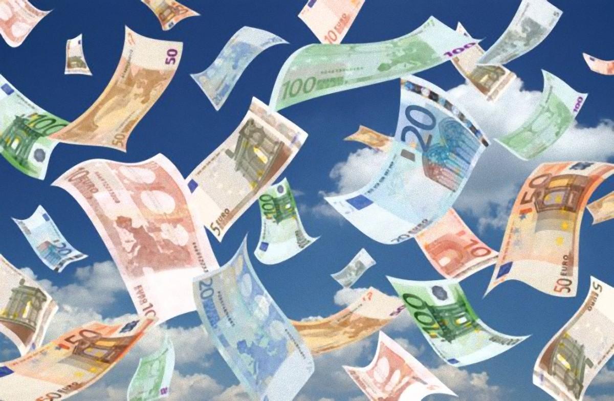 Elezioni europee in Sicilia? Un concorso per 8 posti da 20 mila euro al mese!/ MATTINALE 240