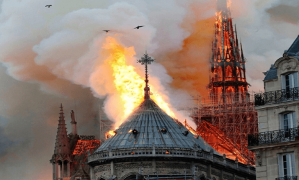 Un fatto è certo: le fiamme di Notre-Dame hanno distrutto uno dei simboli mondiali della cristianità